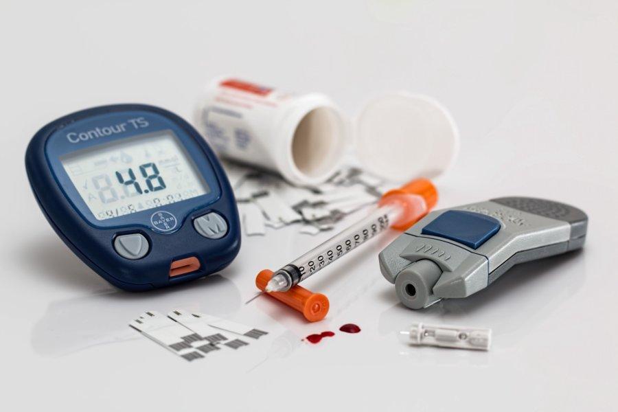 Hiperglikemia – skąd się bierze i jak ją leczyć?